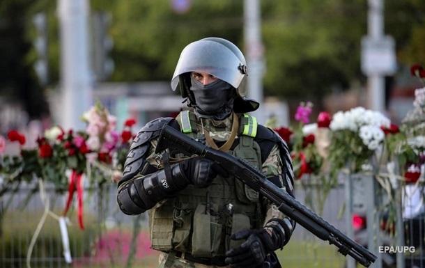 Белорусские силовики заявили о гуманном применении оружия на протестах